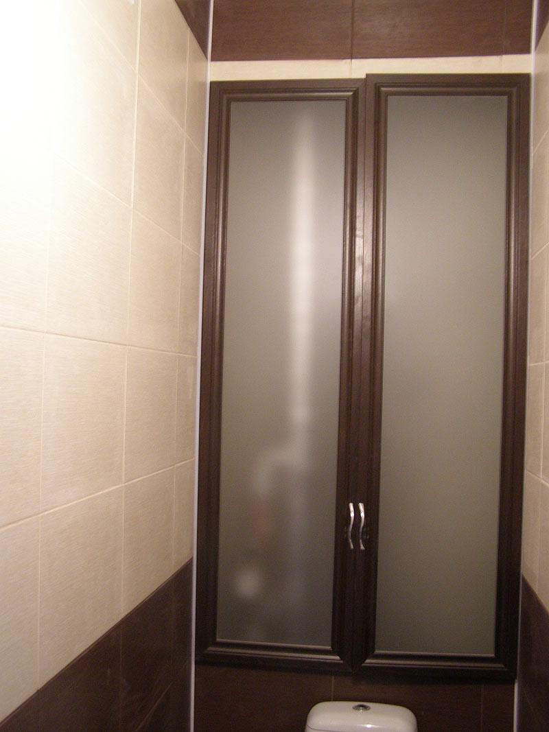 установка дверей шкафа в туалете
